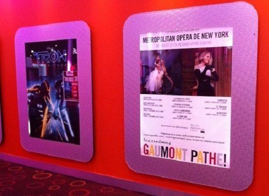 Fourniture et pose de Portes affiche lumineux au cinéma Gaumont - Montpellier - Semios